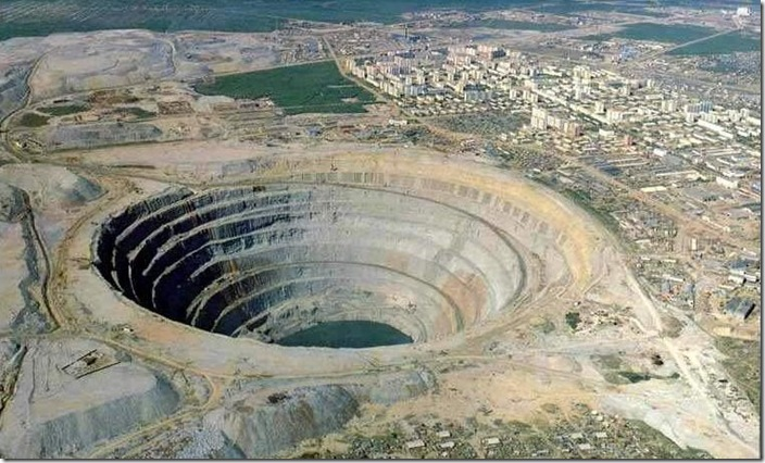 d4cmirniy diamond mine